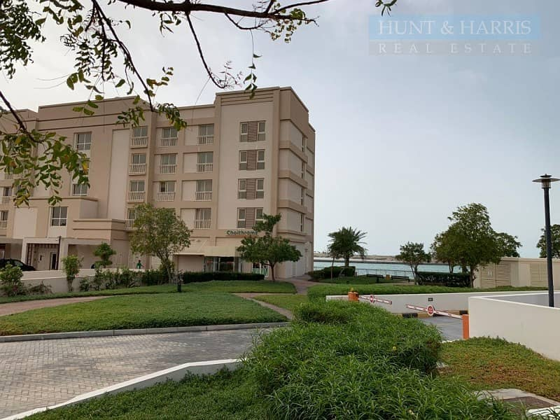 Investor Deal - Duplex - Sea View - Vacant