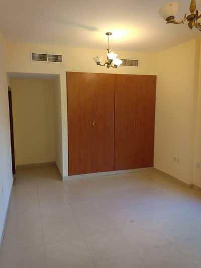 شقة 3 غرفة نوم للايجار في برشا هايتس (تيكوم)، دبي - Deal Of The Day 3 Bedroom APt With Balcony