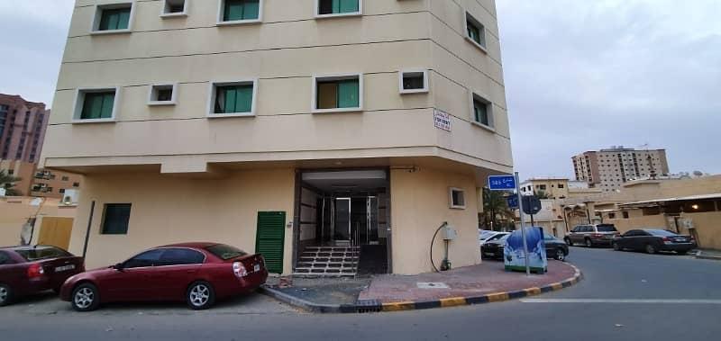 مبنى سكني في النعيمية 12 غرف 5500000 درهم - 3999159