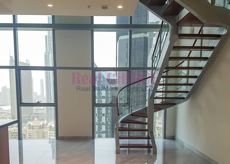 2 Spacious Well Maintained 3BR Duplex Apartment