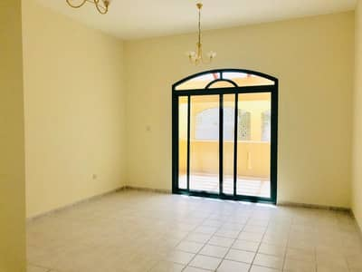 4 Bedroom Villa for Rent in Jumeirah, Dubai - Best Price !! 4000 square feet commercial villa for rent on main road