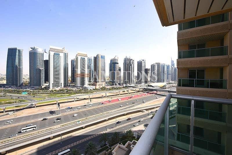 10 3BR | Mid Floor | Upgraded | Marina View