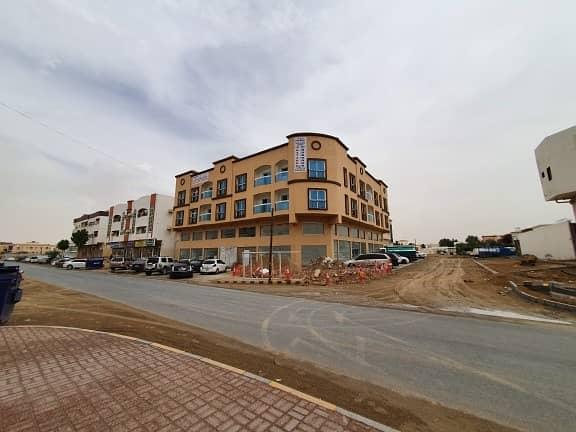 مبنی تجاري في الروضة 3 الروضة 25 غرف 8000000 درهم - 4001434