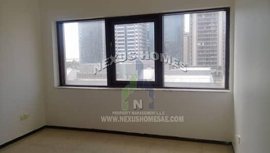 3 Bedroom Flat for Rent in Al Nasr Street, Abu Dhabi - Lavish 3BHK with Maids & Storage in Al Nasr Street