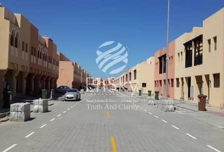 2 Bedroom Villa for Sale in Hydra Village, Abu Dhabi - Cheapest 2 Bedroom Villa in Hydra Village !