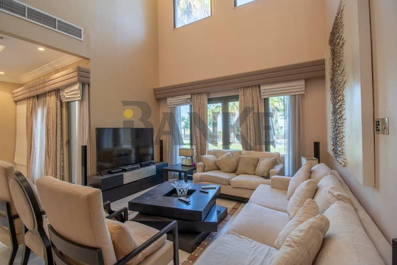 2 Price Dropped. Canal Cove Villa in Palm