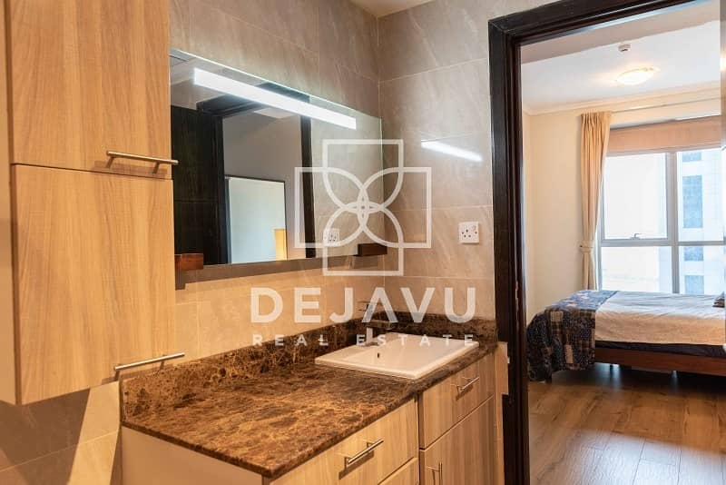 10 Fully Upgraded | Mid floor |  Sea View