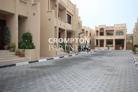 4 Bedroom Villa for Rent in Al Karamah, Abu Dhabi - Four Bedroom Compound Villa in Mushrif