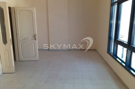 2 Bedroom Flat for Rent in Defence Street, Abu Dhabi - Low Price Apartment!! 2BHK with Balcony in Defense Road