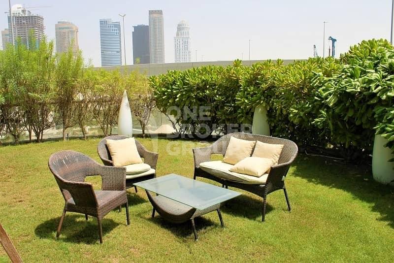 2 540 Sqft   Private Garden