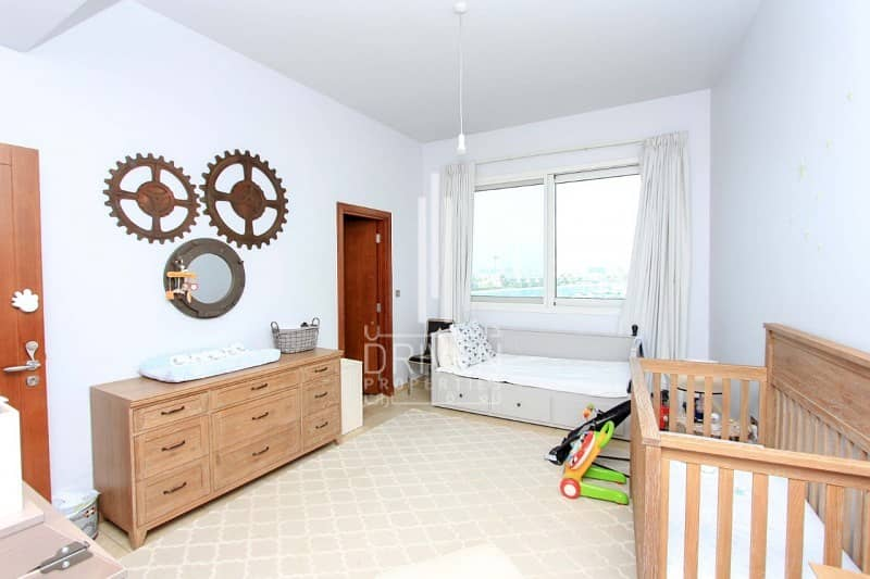 A Type 3 Bedroom in Marina Residence Palm