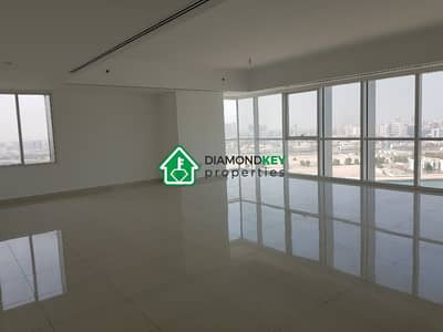 4 Bedroom Apartment for Rent in Al Reem Island, Abu Dhabi - Massive 4 beds with Maid's room in MAG5