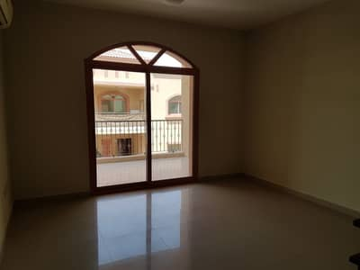 فیلا 4 غرفة نوم للايجار في عشارج، العین - فیلا في عشارج 4 غرف 80000 درهم - 4006779
