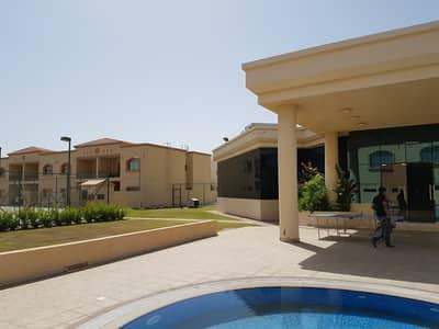 4 Bedroom Villa for Rent in Asharej, Al Ain - Zero Commission! Pleasant 4 BR Duplex Villa Compound
