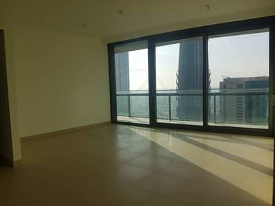 2 Bedroom Flat for Rent in Downtown Dubai, Dubai - Spacious Well Maintained 2BR with Sea View