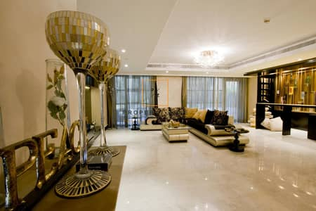 4 Bedroom Apartment for Sale in Business Bay, Dubai - Furnished / Upgraded 4 BR Garden Duplex