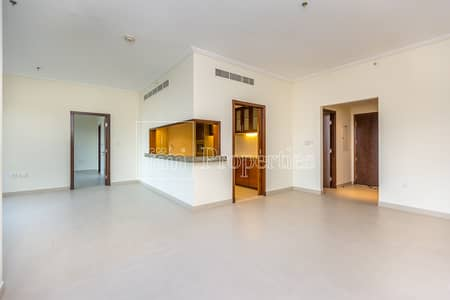 3 Bedroom Apartment for Rent in Downtown Dubai, Dubai - Well Maintained 3BR | Spectacular Views.