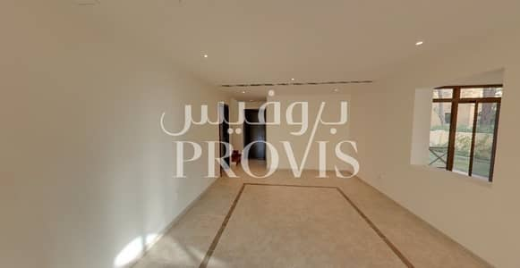 4 Bedroom Villa for Rent in Sas Al Nakhl Village, Abu Dhabi - 4 Payments for 4BR Villa with Facilities