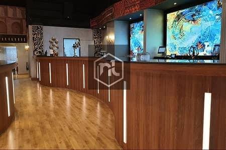 محل تجاري  للايجار في وسط مدينة دبي، دبي - High Class Fine Dine Restaurant for Sale in Main Area