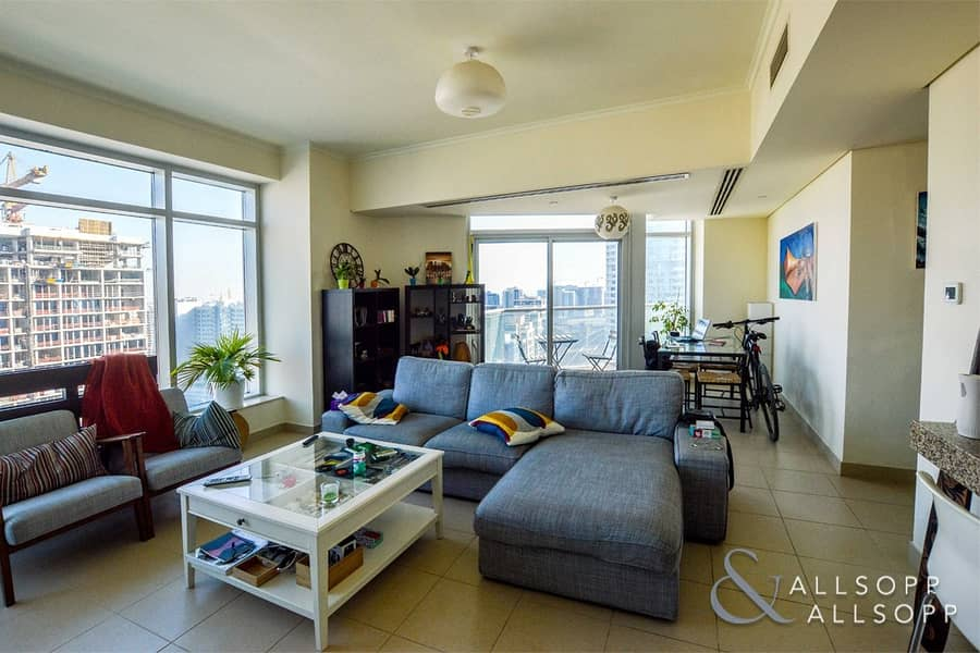 Vacant | 966 sq. ft. | High Floor | 1 Bed