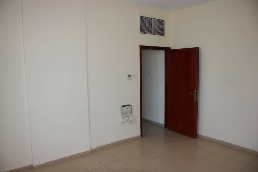 One Month Free Two Bed room  flat in very good building only familiy Direct to taawun Street