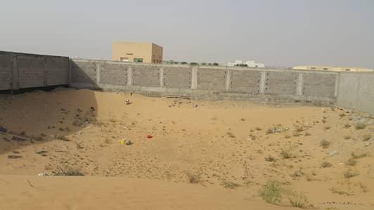 ارض استخدام متعدد  للايجار في مدينة الإمارات الصناعية، الشارقة - قطعة ارض للاستثمار بمنطقة الصجعة الصناعية