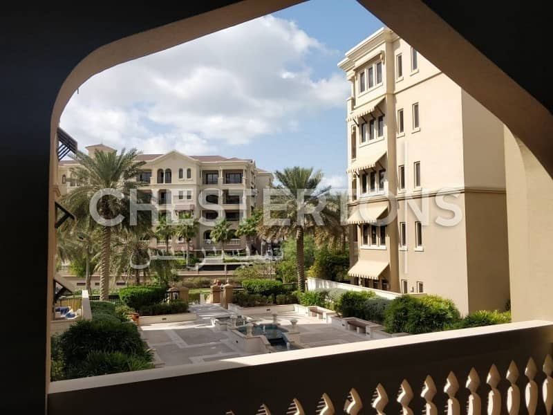 2 Up to 4 Cheques I With Majestic Sea View