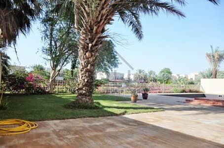 5 Bedroom Villa for Rent in The Meadows, Dubai - Stunning 5 Bedroom Lake View Villa