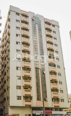 vacant 1 Bedroom flat avalible for rent in al shuwaihean area near by corniche post office.