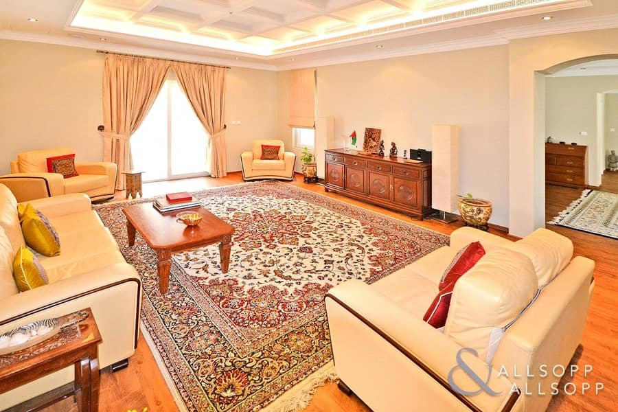 2 5 Bed | Type K | Upgraded | Private Pool