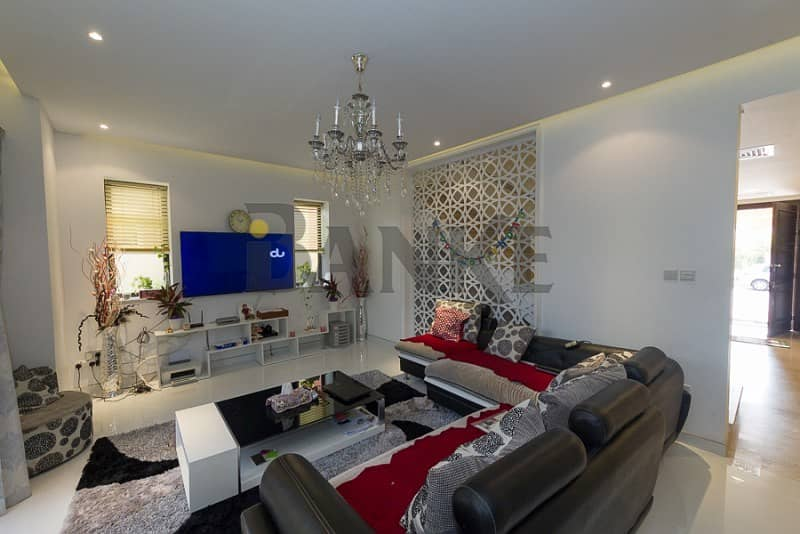 Super Hot Price! Furnished 5BR Townhouse