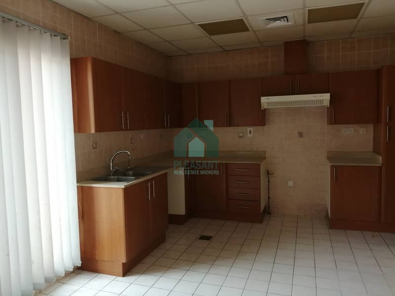 2 4 Br + Maids Room | Peaceful Community | Al Safa 1