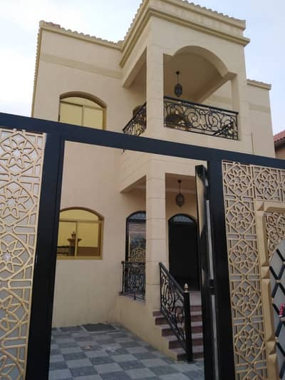 5 Bedroom Villa for Sale in Al Mowaihat, Ajman - The design and splendor of the decorations and the quality of finishes free to own the lowest prices