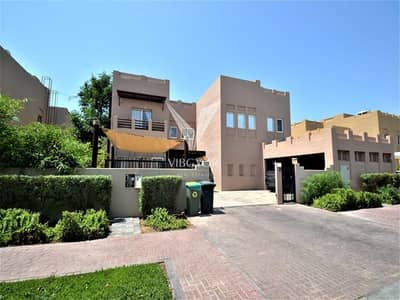 6 Bedroom Villa for Rent in The Lakes, Dubai - Amazing L2 Villa on the Golf Course for Rent