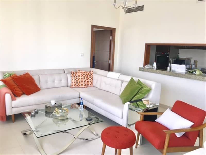 Fully Furnished 1 Bed in South Ridge 1 Canal View