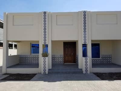 2 Bedroom Villa for Rent in Al Garhoud, Dubai - Residential 2BR Single Storey Ground Floor Villa