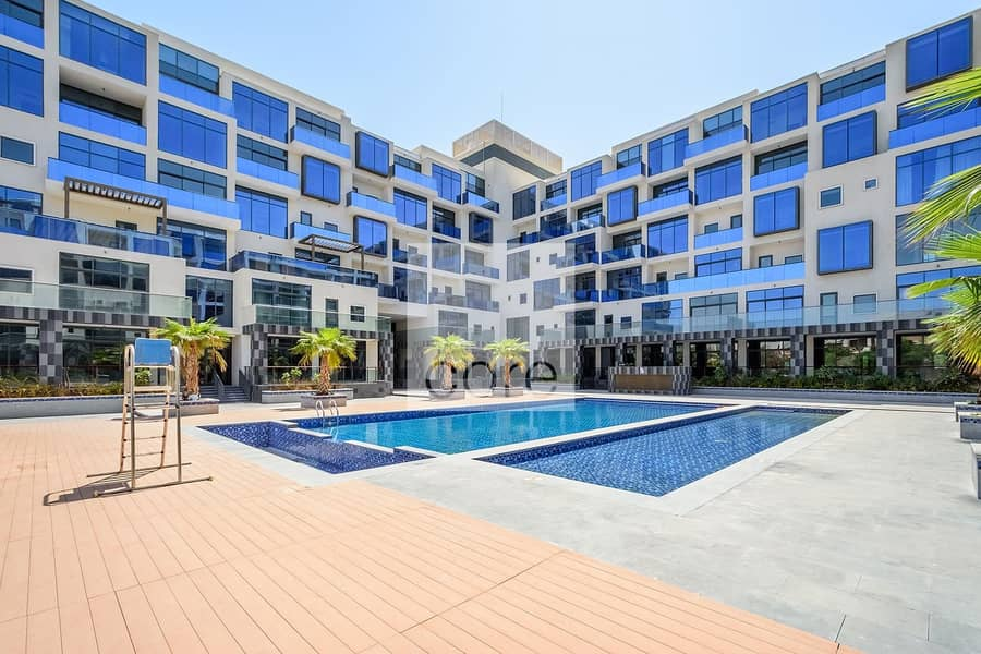 10 3 Bed with Maids I High Floor | Pool | Gym