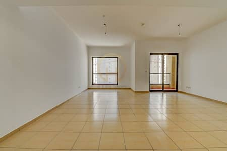 3 Bedroom Apartment for Rent in Jumeirah Beach Residence (JBR), Dubai - 3 Bedrooms + Maid | Unfurnished | Vacant