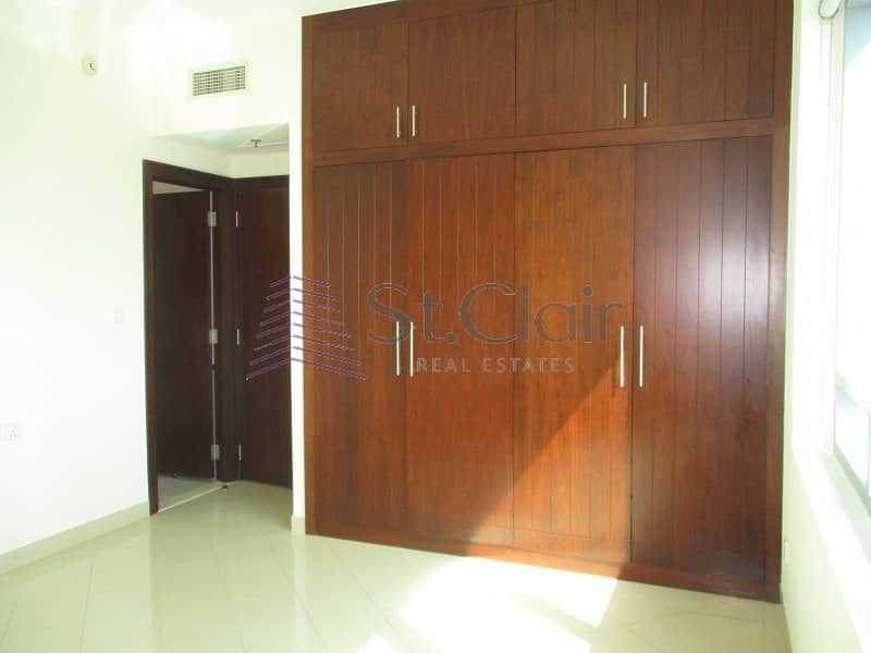 2 Beds with Balcony   Golf Course & Lake View