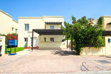 3 Bedroom Villa for Rent in The Lakes, Dubai - High Quality 3BR | Upgraded Deema | Type 3