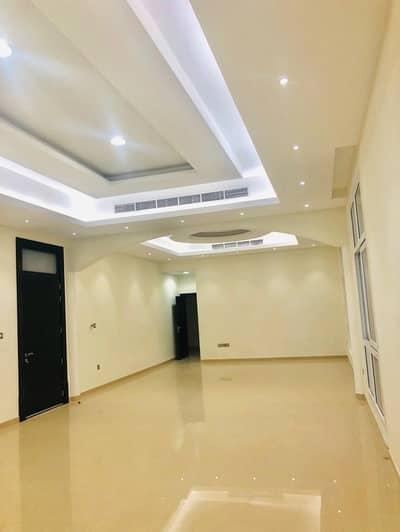 فیلا 5 غرفة نوم للايجار في ند الشبا، دبي - Brand New Emarati Style Villa separate Driver and Maids Room