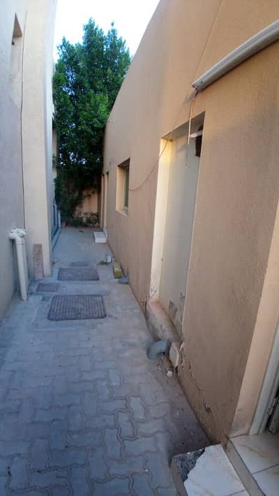 Studio for Rent in Mohammed Bin Zayed City, Abu Dhabi - Hot Deal. . don't miss the chance. . . . Studio with separate kitchen For rent at MBZ City 18K