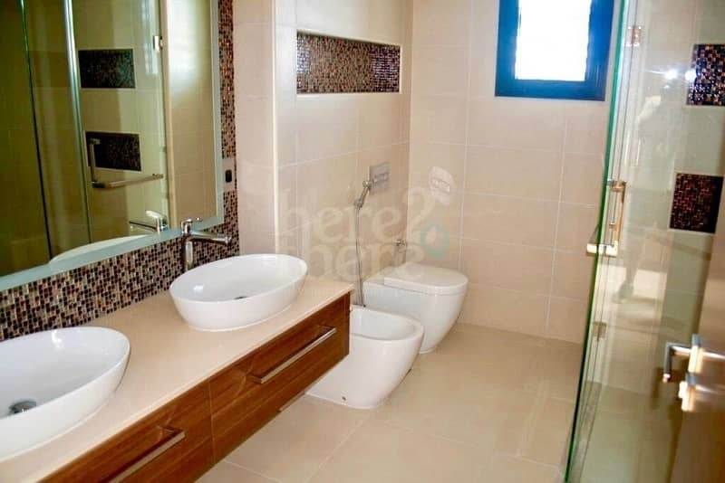 15 Fabalous & Morden 5 BR Villa in West Yas