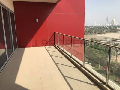 3 Bedroom Flat for Rent in Eastern Road, Abu Dhabi - Outstanding 3BR + Hotel Facilities & Mosque Views!