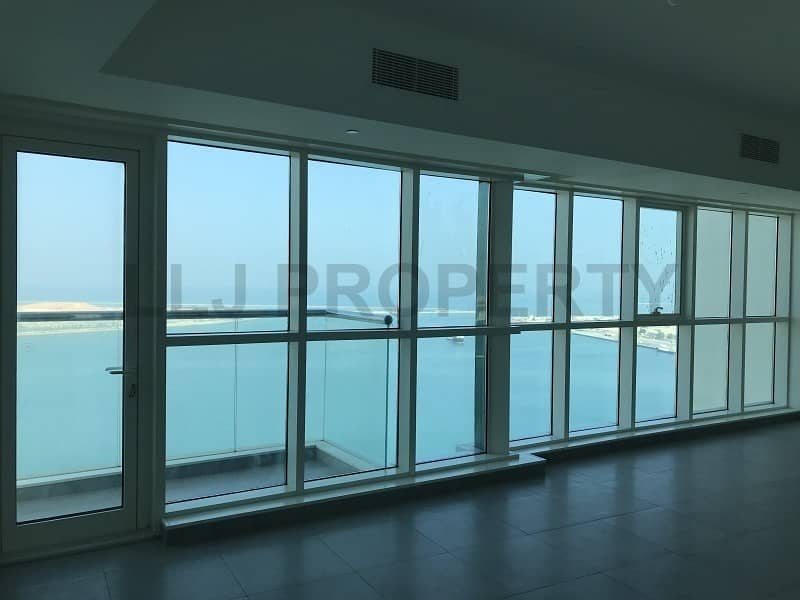 2 Enormous 3 Bedrooms : Outstanding Views + Balcony!