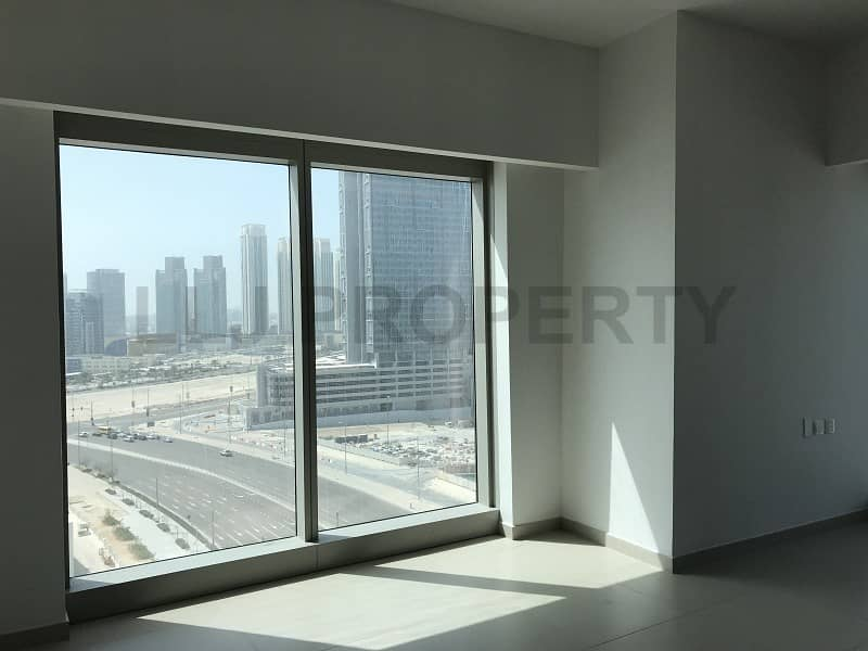 Wonderful 2 Bed + Study on a Low Floor with Views