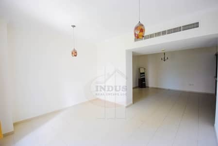 2 Bedroom Flat for Rent in Downtown Dubai, Dubai - Spacious 2 Bedroom Apartment in Downtown