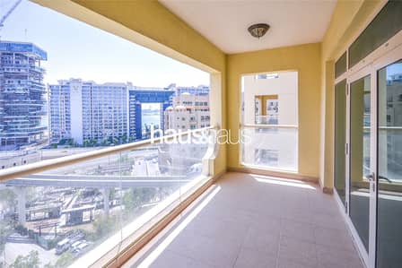 1 Bedroom Flat for Rent in Palm Jumeirah, Dubai - Partial Sea View | High Floor | Available Now