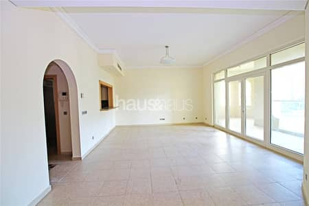 3 Bedroom Apartment for Rent in Palm Jumeirah, Dubai - Un-furnished | E Type | Beach Access