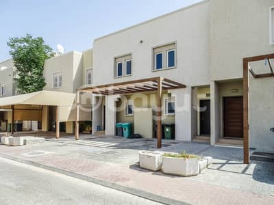 4 Bedroom Villa for Rent in Al Reef, Abu Dhabi - Beautiful / Vacant / Ready to Move - Arabian Villa !!